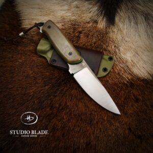 """OVERLANDER"" knife in M390 steel with OD black/green/toxic green canvas Micarta scales"